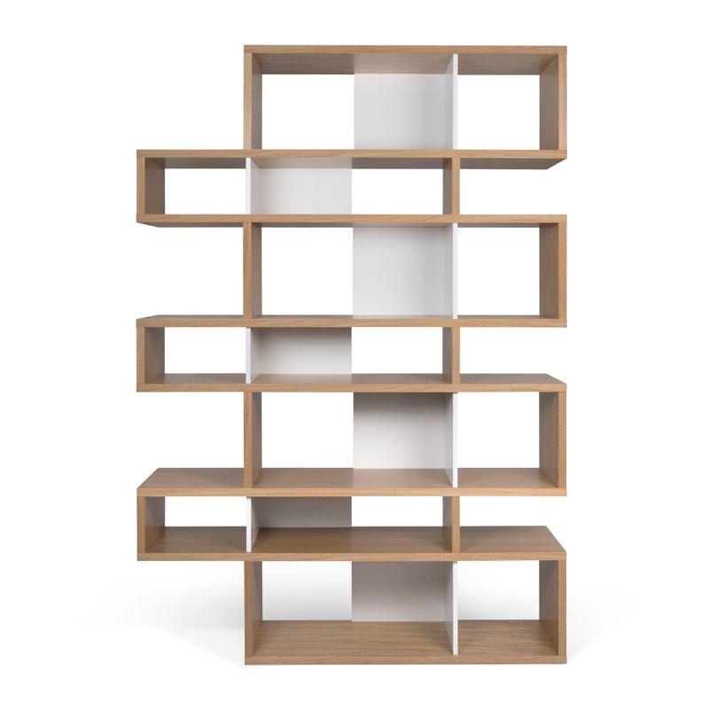Design boekenkast van eiken