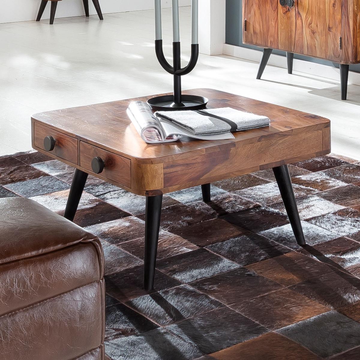 Vierkante salontafel van hout