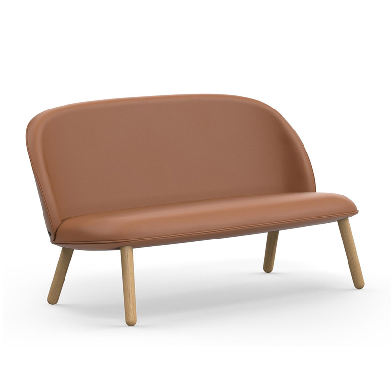 Lederen Design Slaapbank.Lederen Bank In Scandinavisch Design Normann Copenhagen Ace Lumz