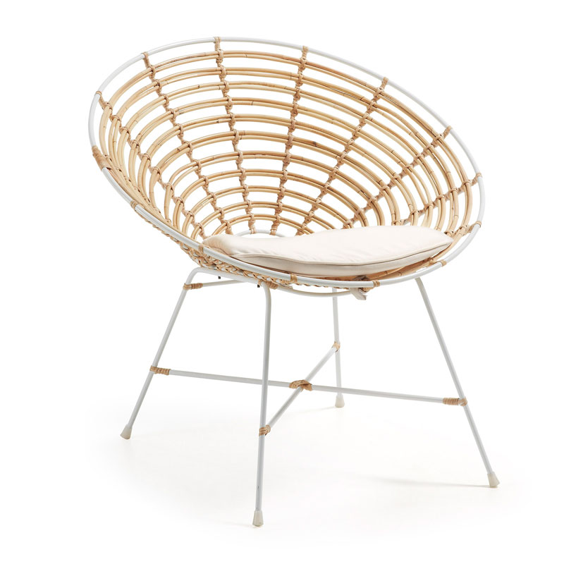 Witte rotan fauteuil