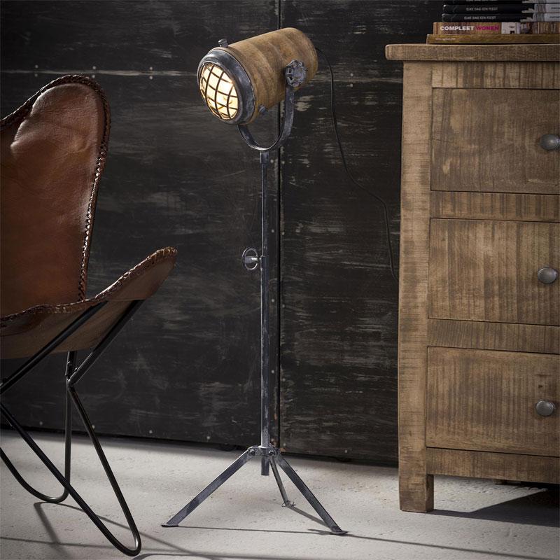 Santa zardon industriele stoere vloerlamp lumz for Industriele vloerlamp