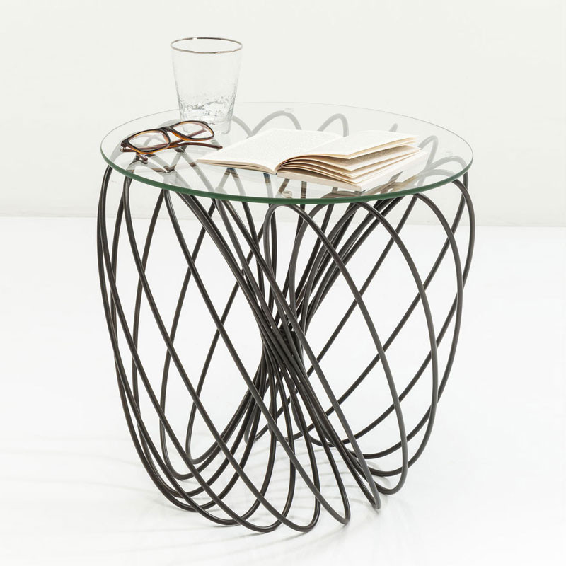 Metalen design tafeltje