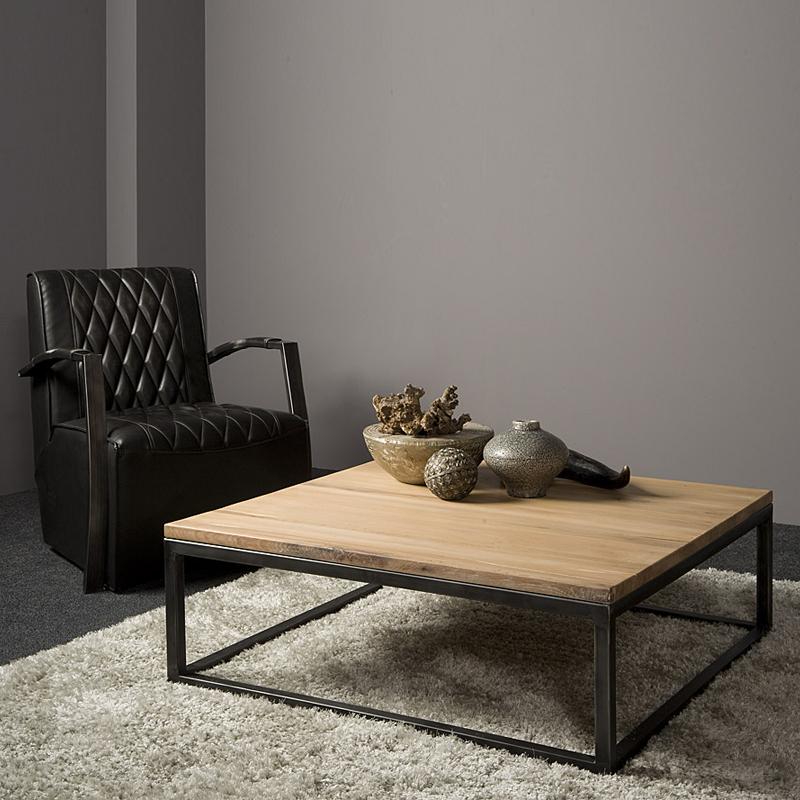 Vierkante salontafel van eikenhout