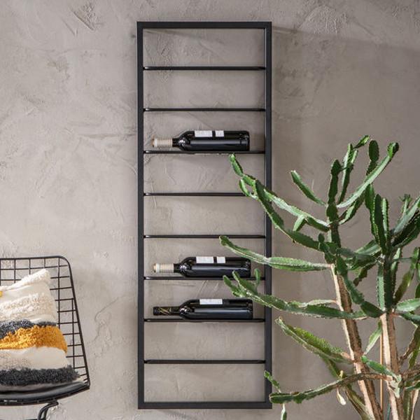 Zwart wijnrek hangend