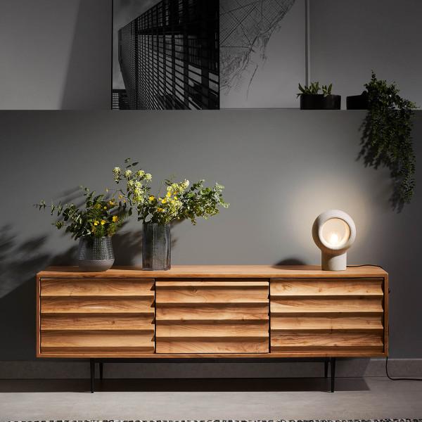 Tv-meubel van licht hout