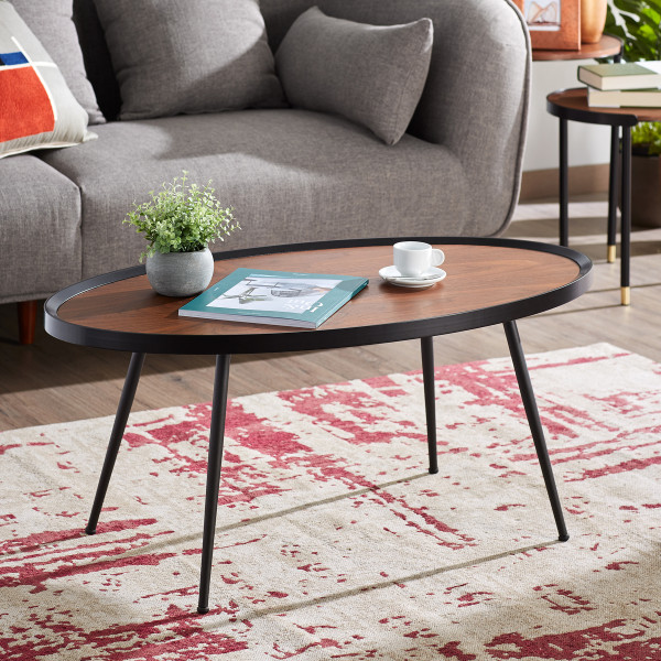 Ovale houten salontafel
