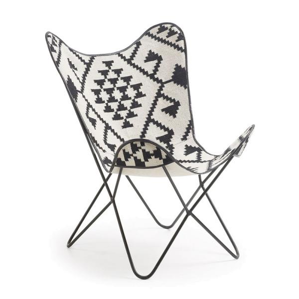 Vlinderstoel met zwart-wit patroon