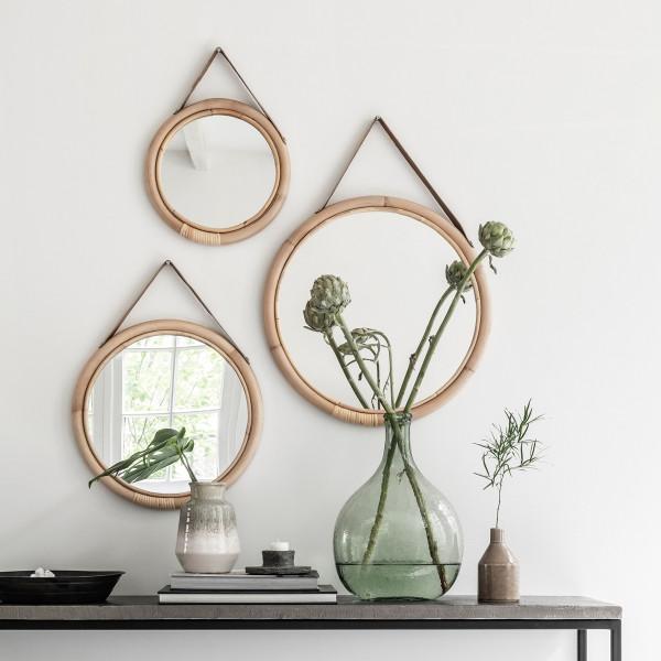 Set van ronde rotan spiegels