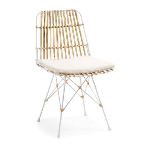 Witte rotan stoel