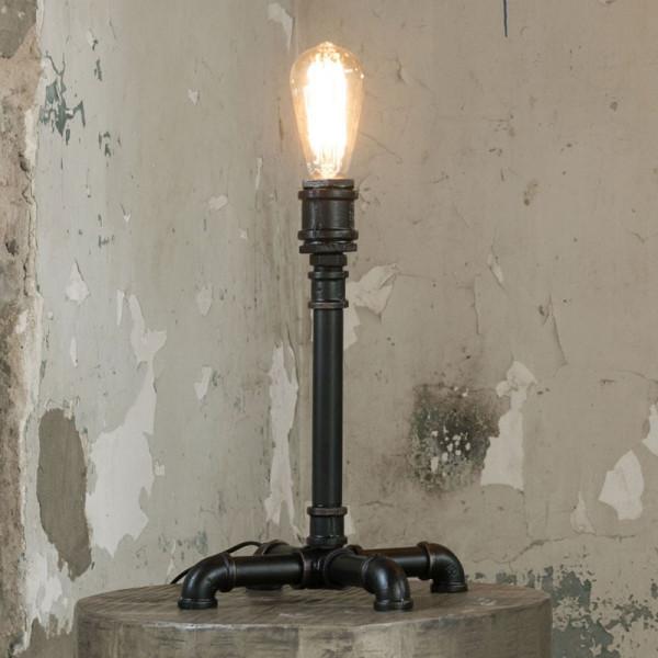Zwarte buis tafellamp