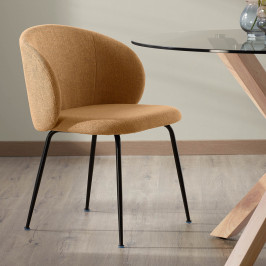 Moderne eetstoel met ronde rug