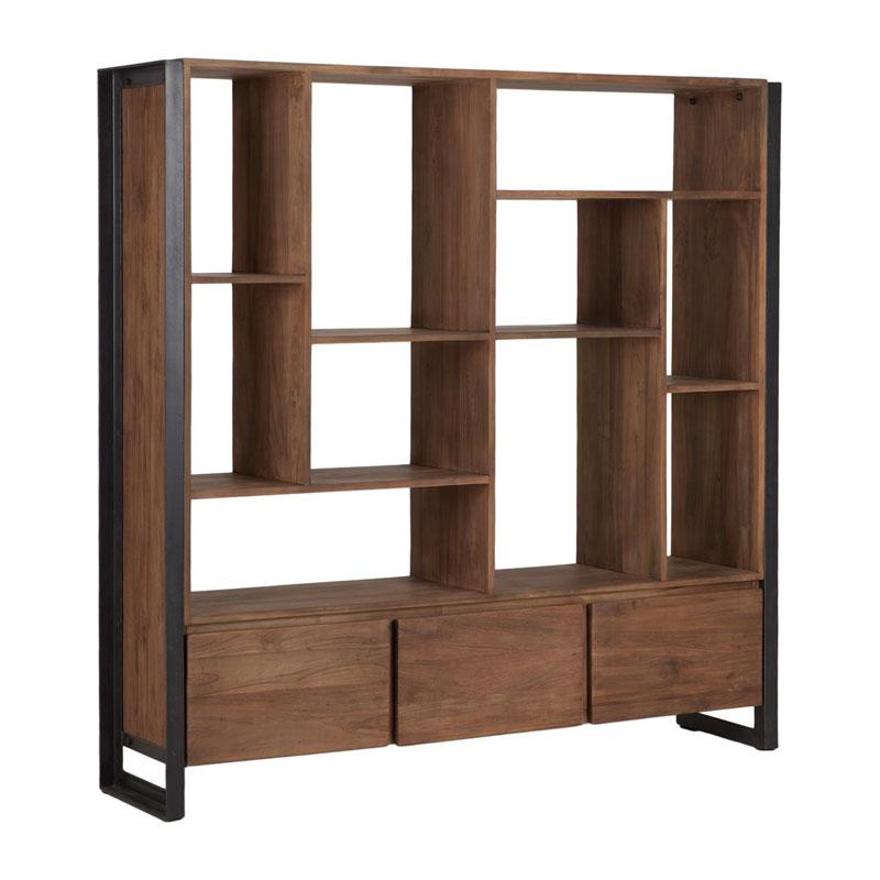 Brede boekenkast van hout