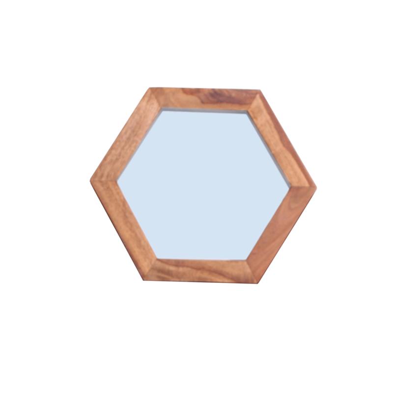 Stoere spiegel met houten omlijsting