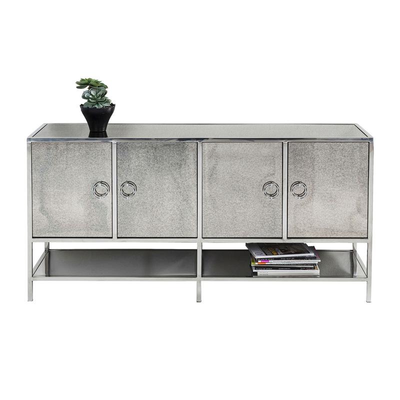Zilveren dressoir